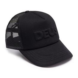 DEUS Kappe Trucker Capital Letters- black -