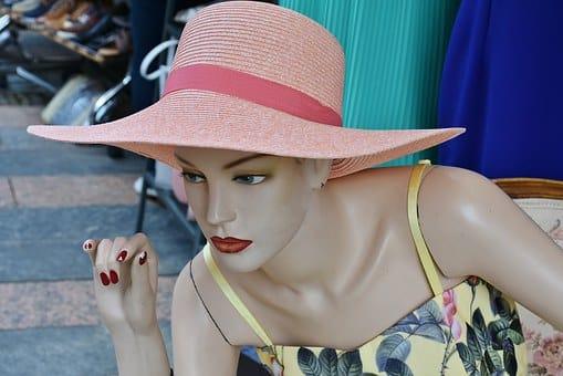 Extravagante Hüte online