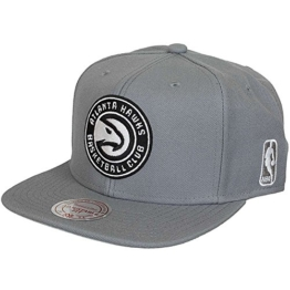 Mitchell & Ness Rainbow Atlanta Hawks Snapback Cap (one size, grey) -